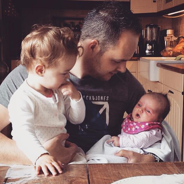Jan met zijn 2 dochters...